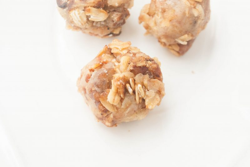 Apple Pie Granola Bites